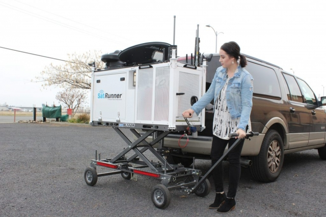 The SatRunner easily and quickly hitch to a vehicle